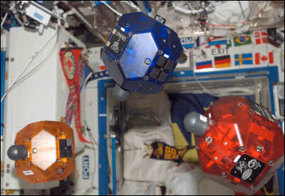 SPHERES Robot Cubes Fly On Space Station